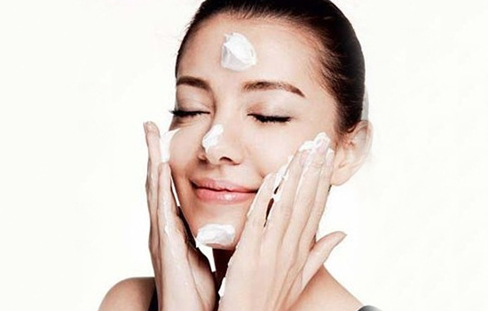 When is the Time to Wash Your Face with Soap ?